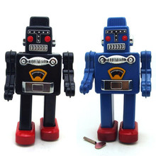 Vintage Retro Robot Tin toys Classic Clockwork Wind Up Robot Model Collection Tin Toy For Adult Kids Collectible Gift 13x9x23CM
