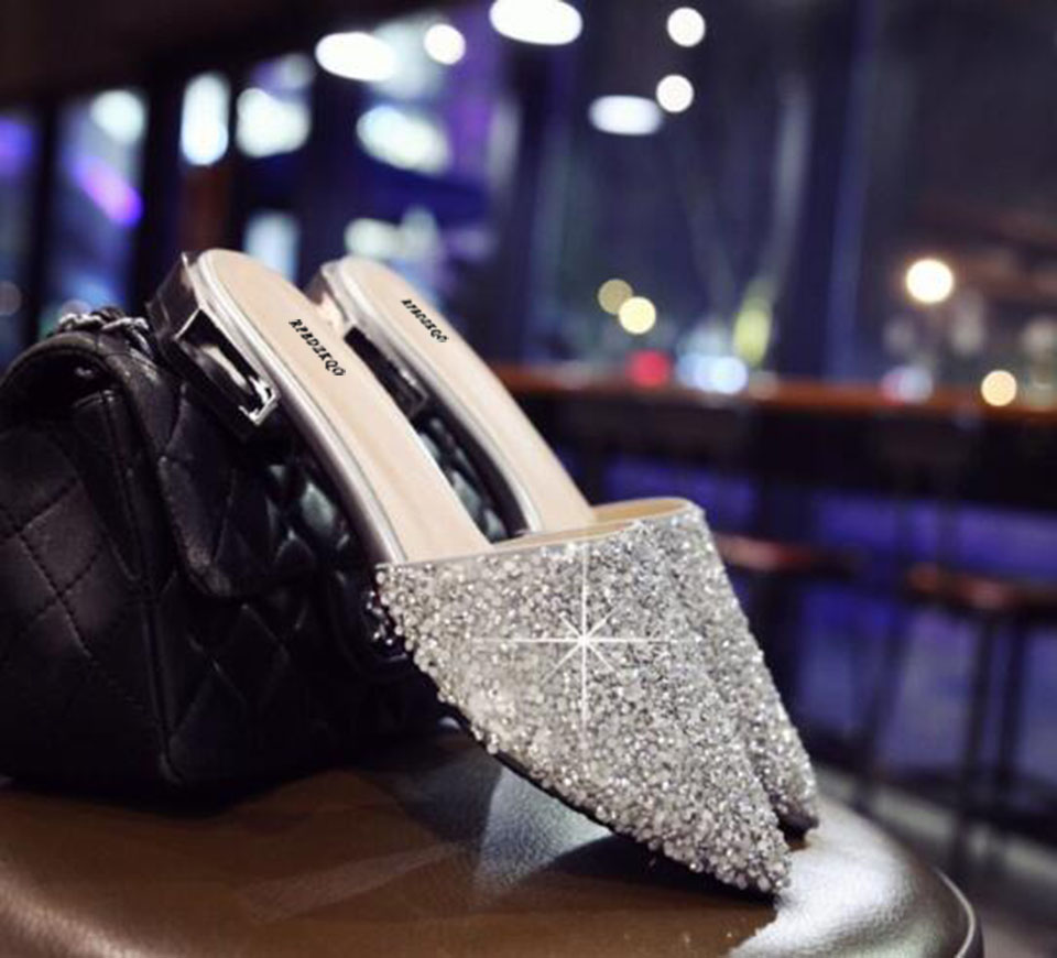 Chinese Wedding Shoes Flats Crystal Rhinestone Slippers 11 Sandals ... 7489d5a5d9f4
