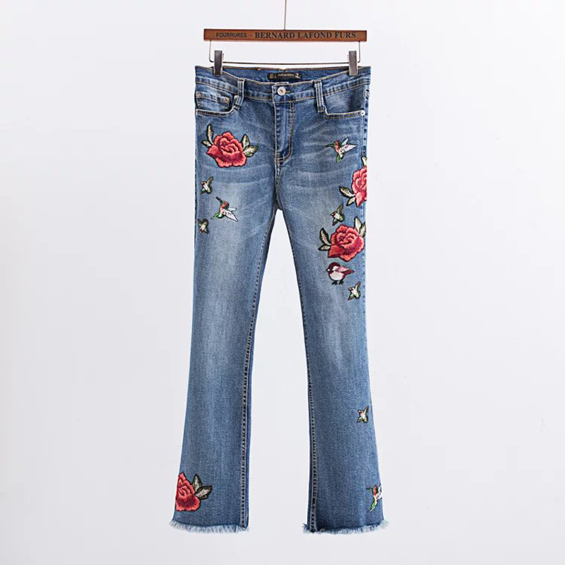 ФОТО 2017 Autumn Womens Embroidered Jeans Bell Trousers Florals Birds Blue Feminino Ladies Denim Flare Pants Broeken Wholesale