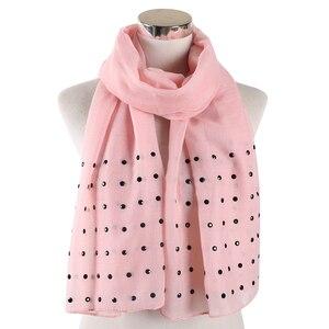 Image 3 - FOXMOTHER Vrouwen Wit Roze Effen sjaals Met bead studs sjaals shawl Wrap moslim hijab Sjaals stola foulard femme 2019
