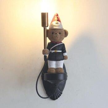 Nordic Led oso de peluche LED lámpara de pared de resina lámpara de pared niño dormitorio niño niña habitación decoración cumpleaños Navidad Presente luminaria