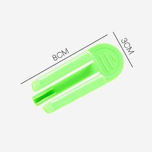 Image 5 - 5PCS Plastic Kitchen Cabinets Storage Clips Trash Can Clamp Garbage Bag Clip Fixed Waste Bin Bag Holder Rubbish Clips Hanging