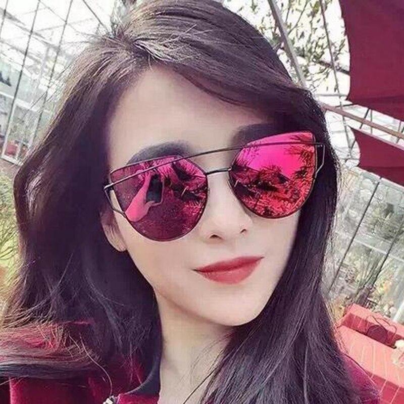 Nouvelles Femmes 7 Couleur De Luxe Cat Eye lunettes de Soleil Femmes Avec  Le CAS lunettes de Soleil Double-Pont Alliage Cadre UV400 Miroir Soleil  lunettes ... 561cfd2ebc75