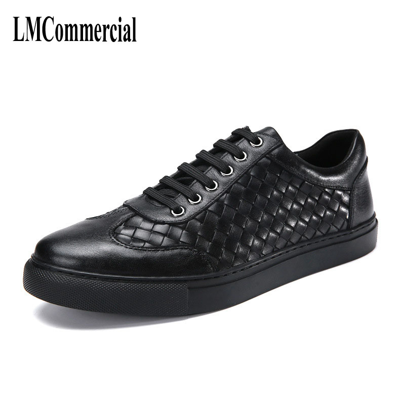 The new spring and summer 2017 breathable sneaker leather shoes men's casual  British retro men shoes the spring and summer men casual shoes men leather lace shoes soled breathable sneaker lightweight british black shoes men