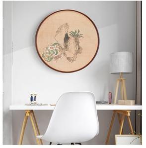 Image 1 - 20 31.5 40 50cm moldura redonda 20 Polegada madeira sala de estar criativo parede pendurado tamanho grande quadro de imagem decoração da parede de madeira