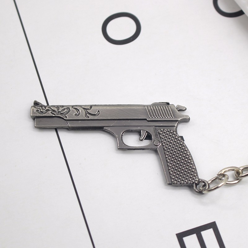 Trendy Desert Eagle Imitation Gun Keychain Hot Anime Game 3D Weapon Arms Keyring Pattern Metal Key Chain Jewelry Drop Shipping
