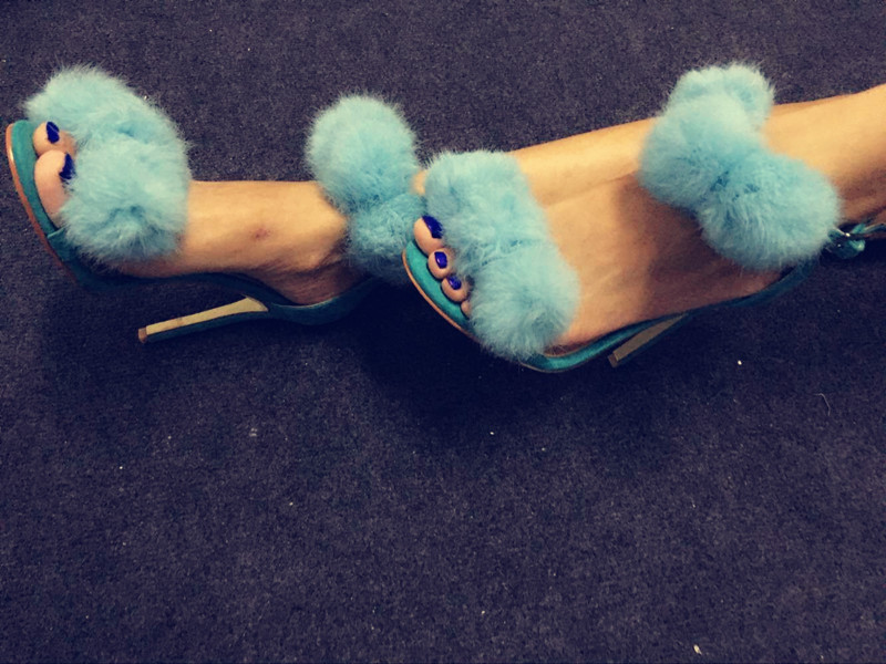 2018 Blue Fur Ball Embellished Cover Heels Dress Shoes Wedding Shoes For Ladies Peep Toe Buckle Strap Woman Sandals High Heels2018 Blue Fur Ball Embellished Cover Heels Dress Shoes Wedding Shoes For Ladies Peep Toe Buckle Strap Woman Sandals High Heels