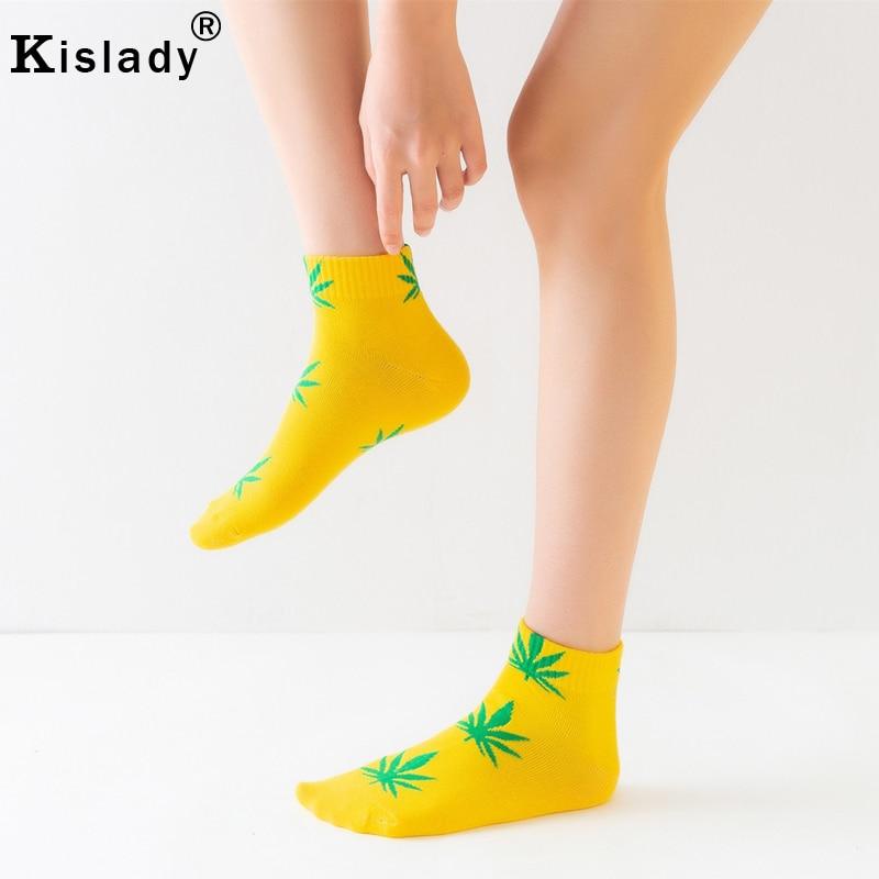Red British Plaid White Checkerboard Retro Low CutSport Non-Slid Ankle Socks for girl