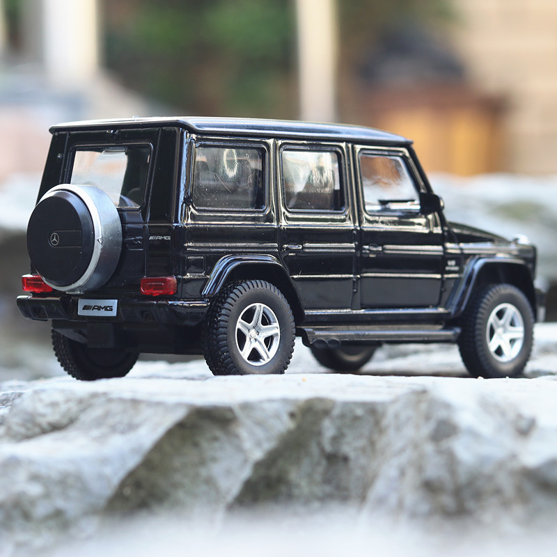 1/36 Licensed Car Model CH554991 G-Class SUV DieCasts Small Car 5 Inch 2 Open Doors No Lights&Sounds Collective