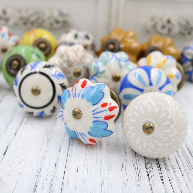 4PCS Retro depicting art Ceramic Knobs Vintage knobs and pulls for cabinets Drawer Dresser Wardrobe Handles and Pulls art ceramic