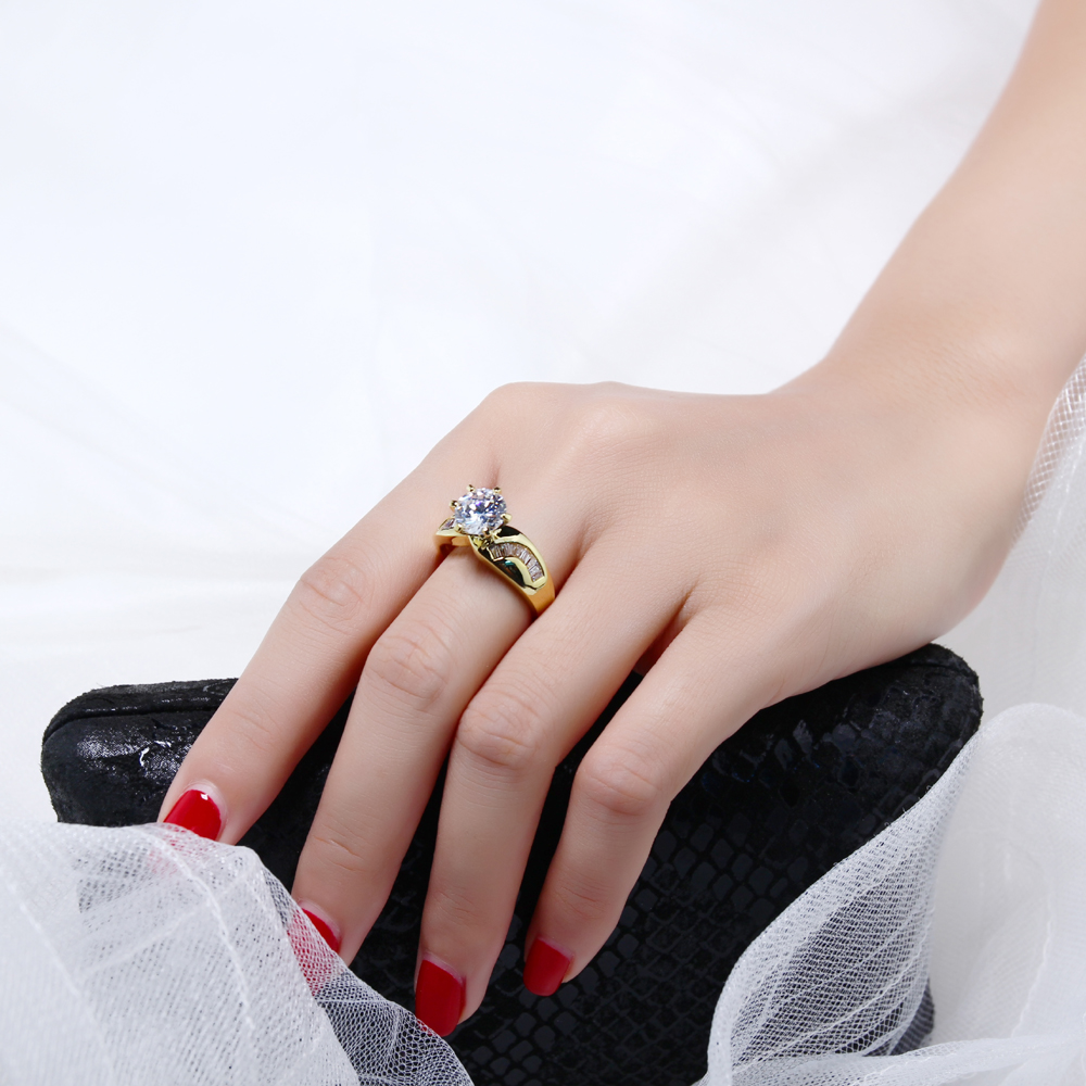 Wedding rings 3 carat crystal unique designer jewelry Gold/ White ...