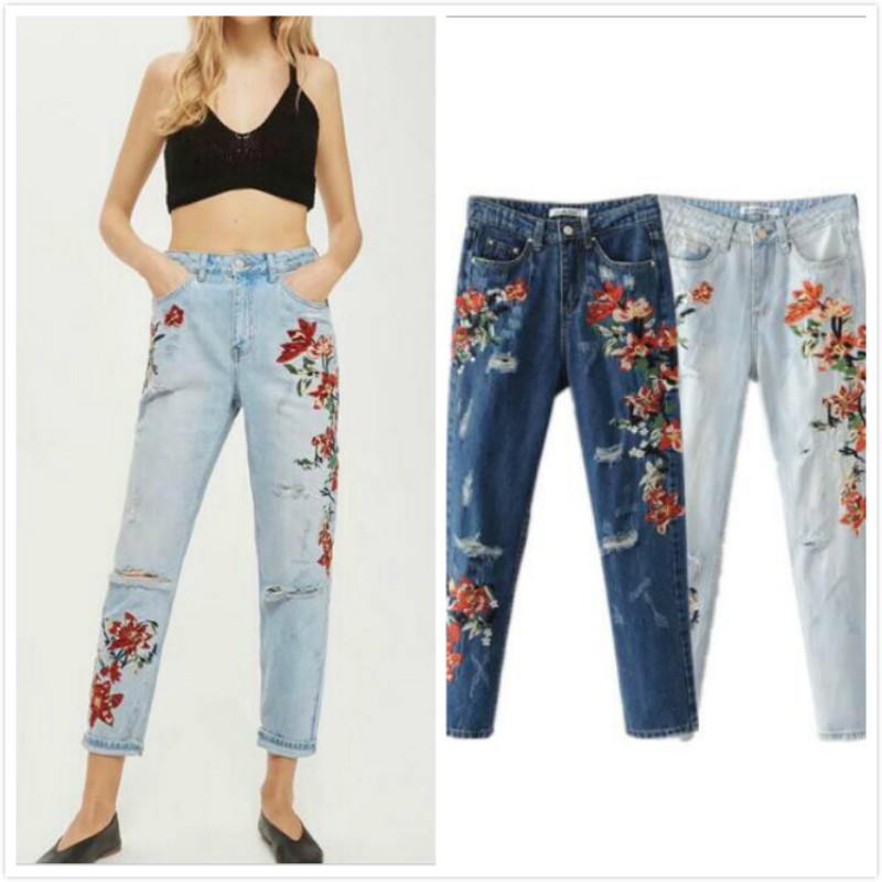 2018 Vintage Flower Embroidery High Waist Jeans Female Pocket Straight Jeans Women Bottom Light Blue Hole Casual Pants Capris