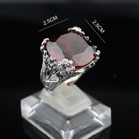 Fashion Big Red Cut Crystal Design Ring Hollow Out Flowers Women Ring Top Quality White Crystal