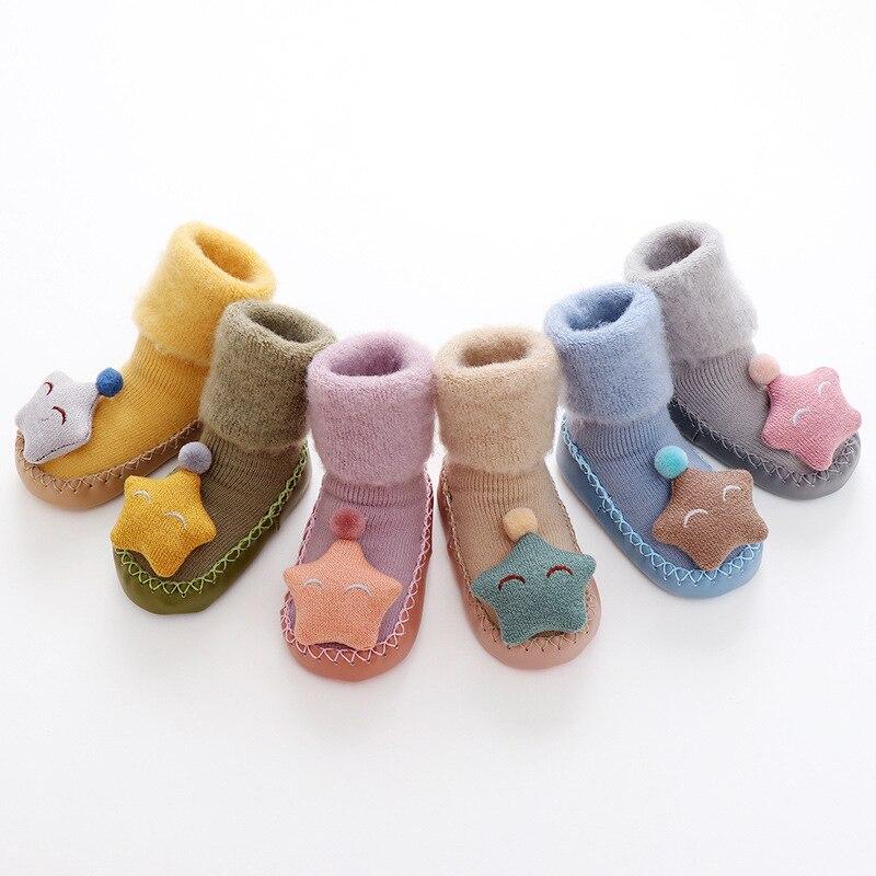 Coton bébé garçons filles chaussettes antidérapantes chaussettes de sol dessin animé infantile enfants cinq branches étoiles chaussettes hiver automne chaud chaussures