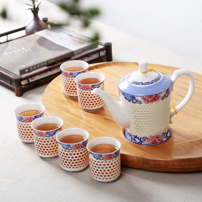 Chinese Blue And White Porcelain Exquisite Tea Set Honeycomb Hollow Hand-carved Craft Ceramic Kungfu Tea Set Tea Bowl Teapot Cup