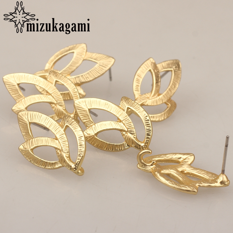 Bild von 22*15mm 6pcs/lot Gold Zinc Alloy Fashion Hollow Flowers Base Earrings Connector For DIY Fashion Earrings Jewelry Accessories