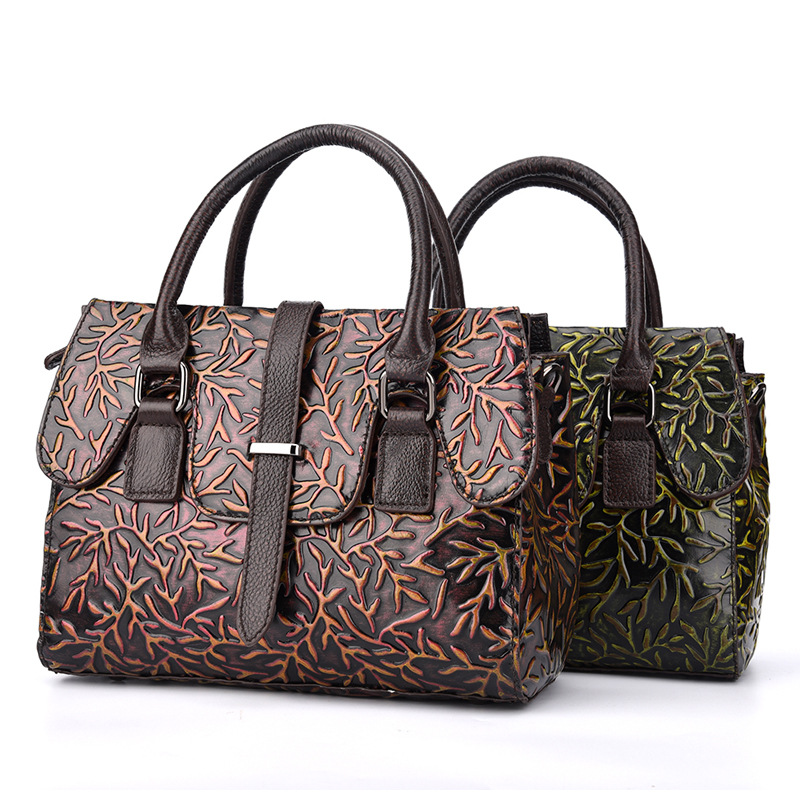 ของแท้หนังผู้หญิงไหล่กระเป๋า Cowhide ธรรมชาติรูปแบบดอกไม้ Retro Ladies กระเป๋าถือกระเป๋า Crossbody Messenger กระเป๋าถือ-ใน กระเป๋าหูหิ้วด้านบน จาก สัมภาระและกระเป๋า บน   1