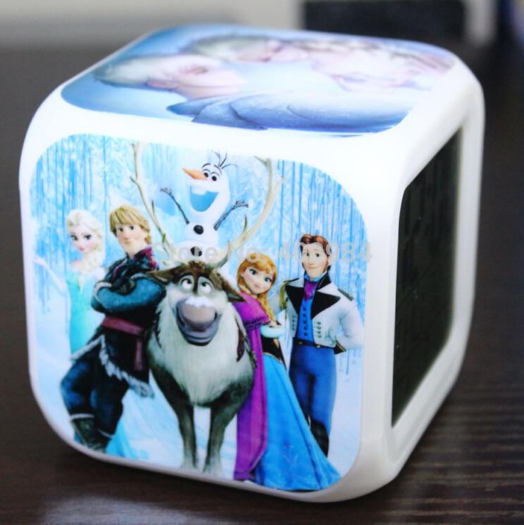 Levou 7 Luzes De Toque De Flash Colorido Princesa Anna Elsa Boneca