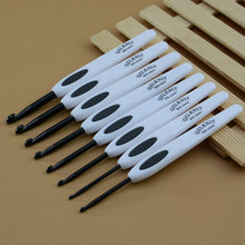 8PCS/Set 2.5mm-6.0mm White Black ABS Plastic Non-slip Handle Aluminum Crochet Hooks Knitting Needles Knit DIY Crafts Loom Tool