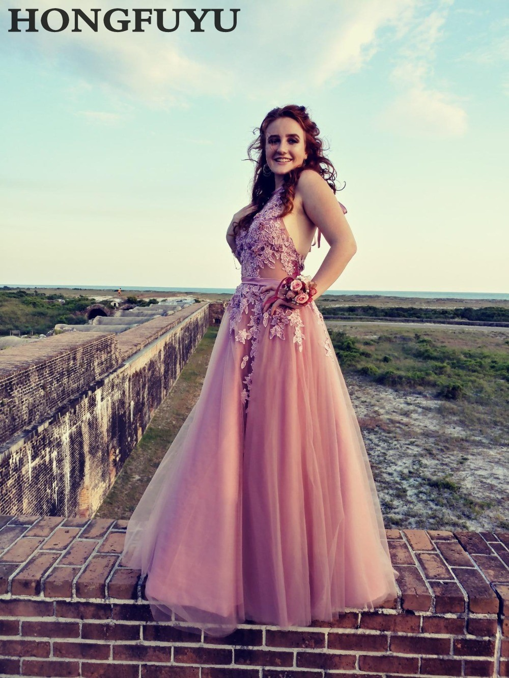 Colorful Charming Sexy Sleeveless Tulle A Line Long Prom Dresses 2019 Halter Lace Up Appliques Floor Length Prom Dress HFY914