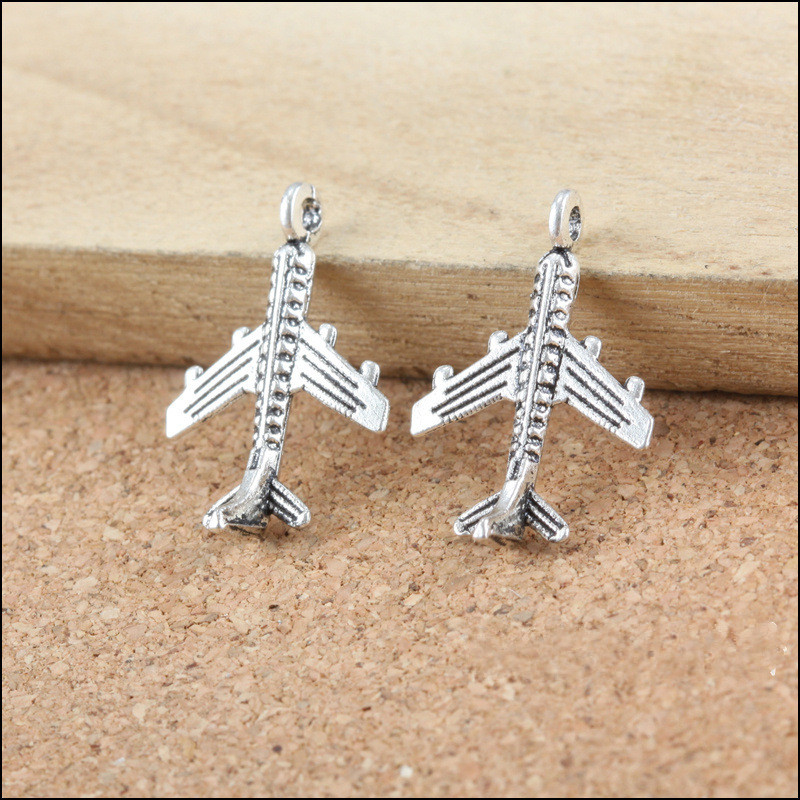 Free Shipping 50PcsLot Vintage Silver Tone Alloy Jewelry Charms 3D Airplane Shape Metal Bracelet Necklace Phone Chain DIY Charm