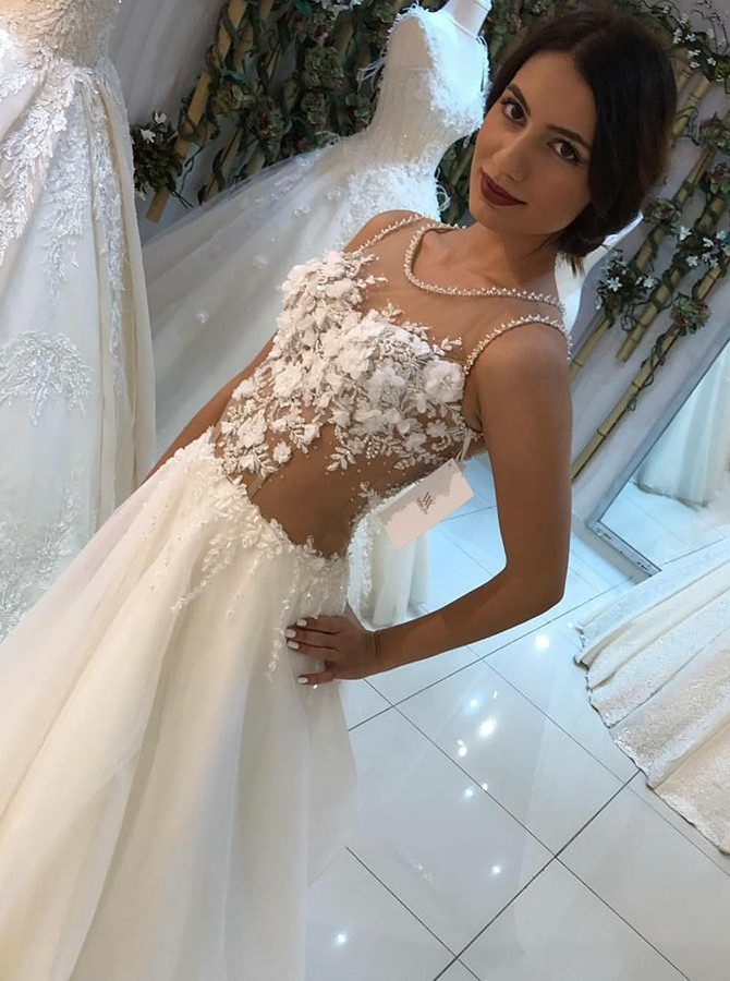 Floral Boho Wedding Dress Appliques Arabic Wedding Gowns Round Neck Beaded See Through A Line Ivory Beach Bridal Dress for Women