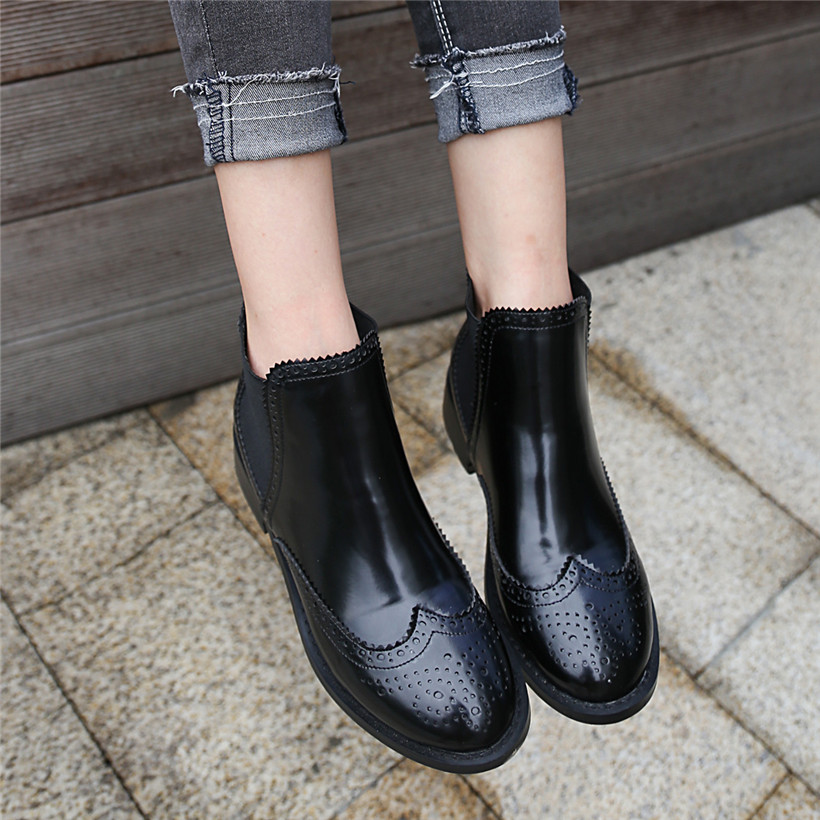 2019 Winter Vintage Women Chelsea Boots Black Patent Leather Round Toe Brogue British Ankle Boots Business Fashion Casual Botas