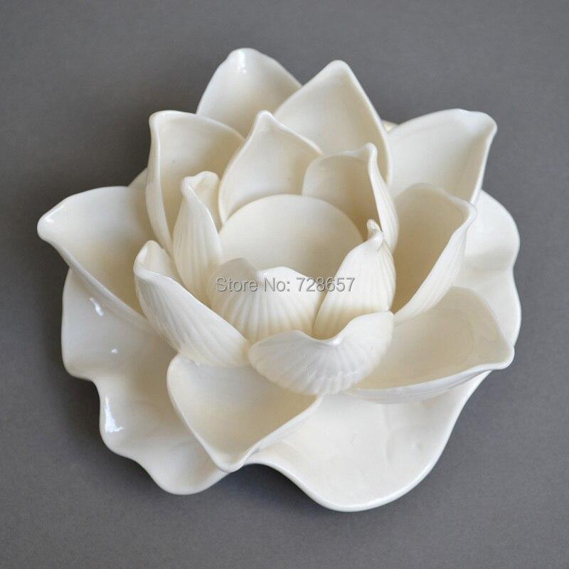 Attractive porcelain lotus sculpture feng shui craft for Room decor embellishment art