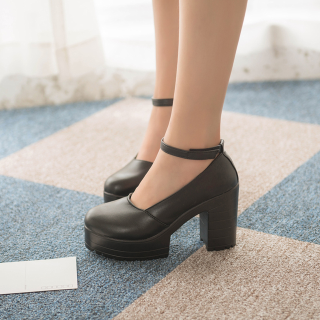 2019 new spring autumn casual high-heeled shoes sexy ruslana korshunova thick heels platform pumps Black White ladies shoes 1