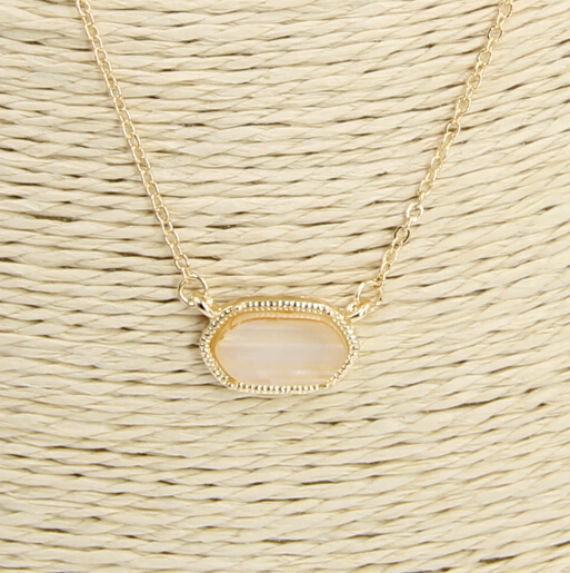 Fashion Gold Iridescent Colors Necklace for Women 2015 Cute Oval Pendant Necklace Jewelry(China)
