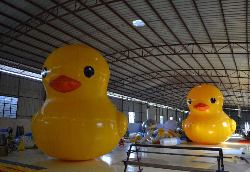 Lovely Inflatable Toys, Popular Large Yellow Inflatable Duck, Customized Inflatable Cartoon With Factory Price