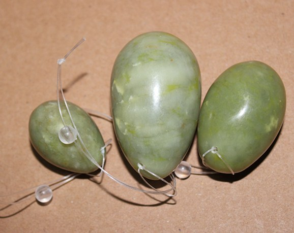 Green xiu yan jade stone drilled jade eggs for for Kegel Exercise