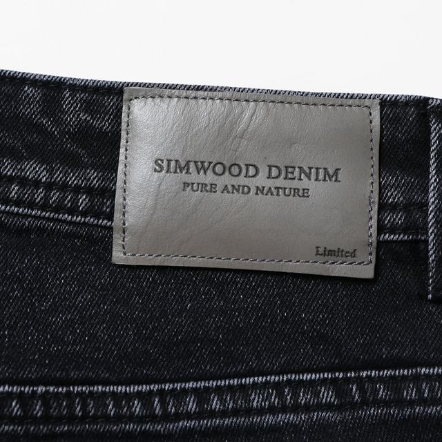 SIMWOOD 2018 Autumn Winter New Jeans Fashion Ripped Men Paint Splatter Slim Fit Fashion Denim Trousers High Quality 180347