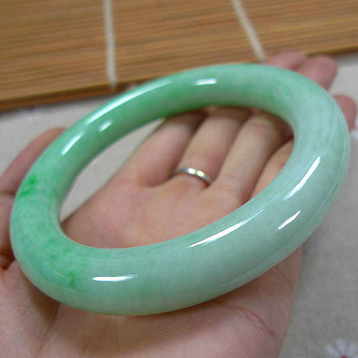 Icy,มรกต,สีเขียว, Jadeite,กำไลข้อมือ,สร้อยข้อมือ, 55--60มิลลิเมตร,เกรด, A