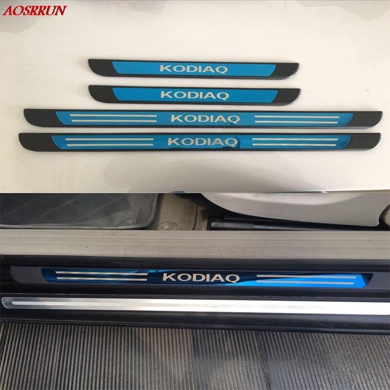 Acier inoxydable plat d'usure seuil de porte couvre l'équilibre 4 pcs/ensemble accessoires de voiture Pour Skoda Kodiaq Sport 2016 2017 voiture- style mobiles