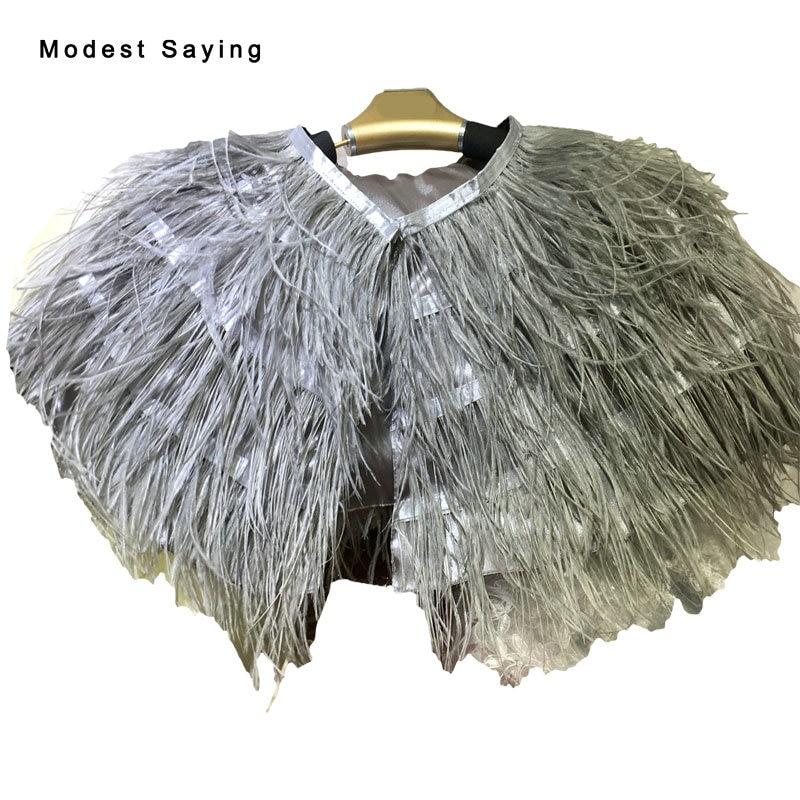 Verdadero elegante gris avestruz pluma de piel de boda Boleros 2017 nupcial chaquetas Cape shrug para vestidos de noche accesorios de boda B61
