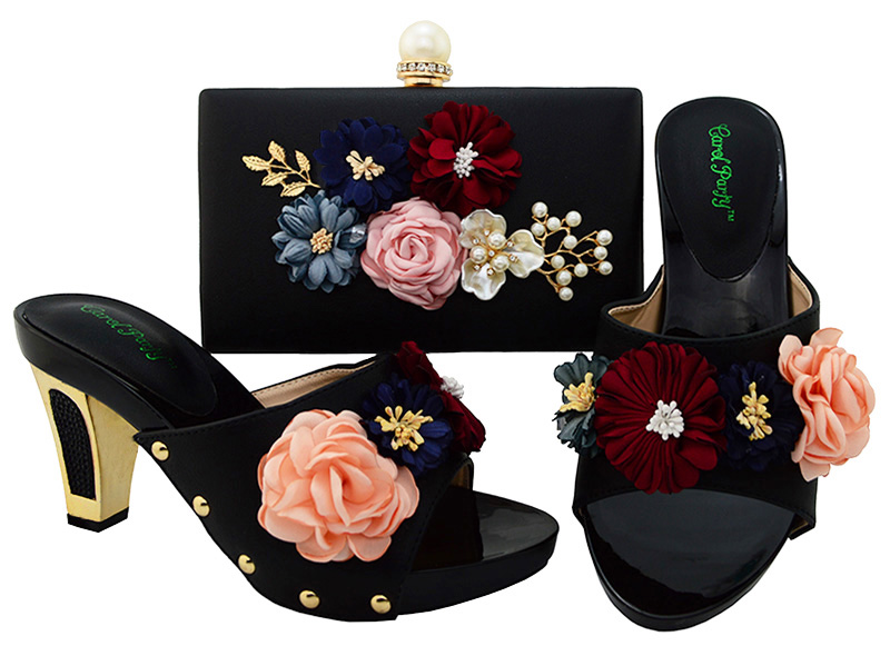 Nigerian wedding  Decorated with flowers shoes matching bags Sets African Shoe and Bag Set for Party