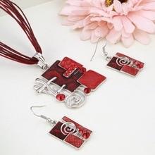 MINHIN Summer Style Enamel Silver Pendant Jewelry Sets Delicate Lucite Design Multi Colors Geometry Choker Necklace Earrings Set