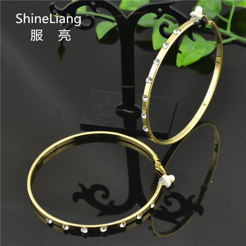 Big simple Round Clip on the ear rings No hole Without piercing Rhinestone Earrings for women Fashion female gold silver jewelry