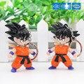 Caliente Clásico Dragon Ball SON GOKU LED Colgante Llavero Mini PVC Figura de Acción con Luz LED y Sonido llavero K-212