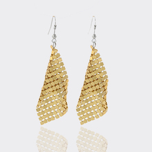 New Arrive Elegant Leaf Gold Silver color Earring For Women Party Vintage Hollowed Stud Earrings