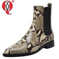 ZVQ/ботильоны из змеиной кожи; Модные женские зимние ботинки на плоской подошве; большие размеры 34 40; женские ботинки с острым носком и цветоч