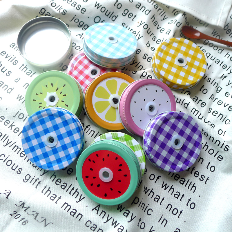 Multi Color 7cm Convert Standard Metal Mason Jar Lock med Straw Hole Cock Jar Lid Party Drinking Supplies 10st / lot DEC061