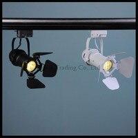Vintage barndoor Llevó luz de la Pista 5 w pista cob lámpara LED de iluminación tienda de ropa LLEVÓ El Proyector con la cubierta ajustable negro blanco