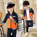 Elegante algodón con capucha niños traje de pista de los deportes letra de impresión de ropa de la marca del cabrito chándal muchachos / muchachas 10 años