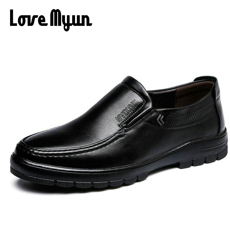 2018 brand new spring Middle-aged mens slip on shoes dad genuine leather shoes Flats Shoes Soft antiskid durable shoes WA-13