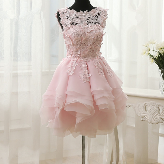 Pretty Short Mini Pink Ball Gown Prom Dresses Tiered Fold Skirt Floral  Appliques Birthday Party Dress Champagne Prom Gown Custom c4d7eab8f501