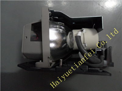 original    projector lamp with housing  SP-LAMP-037   fit for  X6, X7, X15, X9, X21, X20 replacement projector lamp bulb sp lamp 037 for infocus x15 x20 x21 x6 x7 x9 x9c projectors
