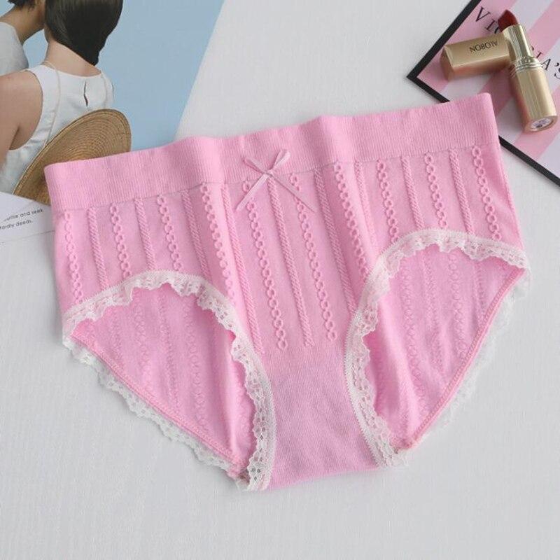 Free Shipping Seamless lace women 39 s panties Medium waist cotton comfortable women 39 s underwear in large size S105 LC in women 39 s panties from Underwear amp Sleepwears