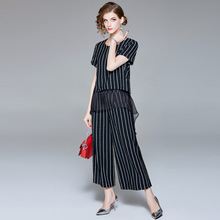 Striped letter print short sleeve t-shirts and wide leg ankle length pants 2 piece pants suits 2018 new women summer suits недорого